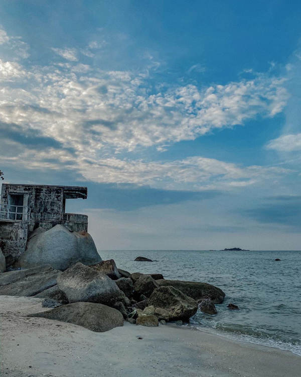 A Seaside Post-War Bunker Walking Distance From Penang Avatar Secret Garden