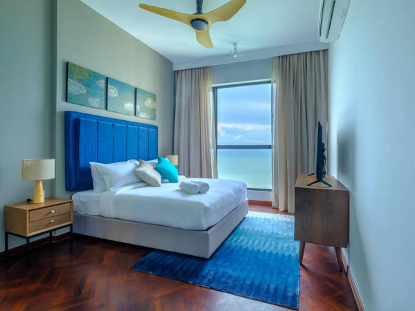Blue As The Accent Color Of A Bedroom At Tanjung Point Residences Homestay In Penang