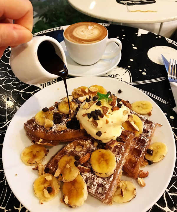 Chocolate Banana Dessert Waffle At Coffee Elements Waffle House Cafe In Penang