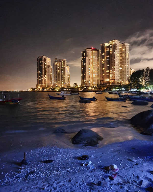 City Night View Along The Beach By Penang Avatar Secret Garden