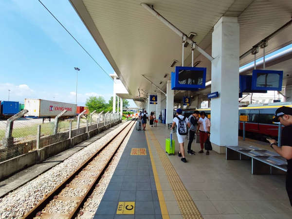Commuters At The Butterworth Railway Station, Penang