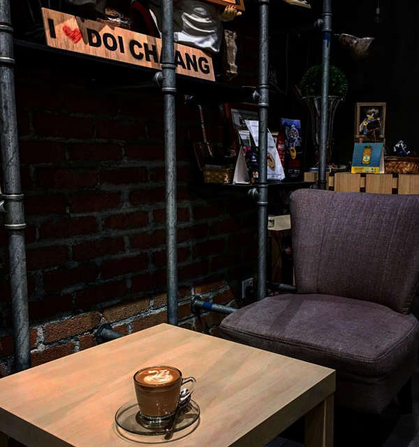 Cosy corner at Doi Chaang Coffee by Morning Jolt