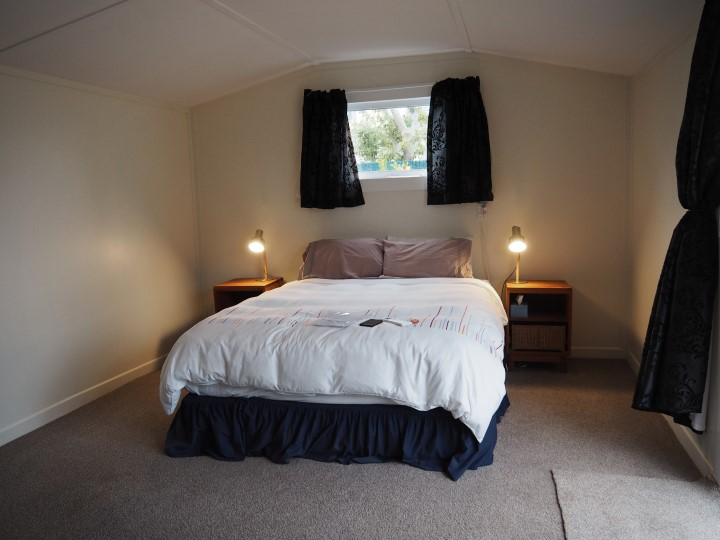 Cozy AirBnB in Napier - more on visiting New Zealand during the winter months on www.travelswithsun.com