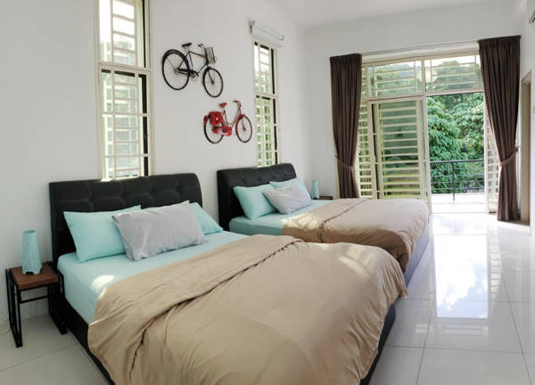 Homey Bedroom With Large Sleeping Capacity At De Nest Holiday Home