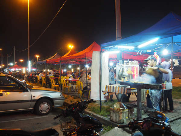 Night Market Stalls At Meru Near The Food Trucks