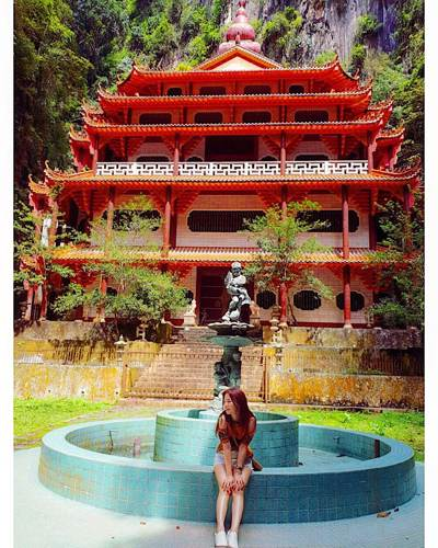 Sam Poh Tong Temple in Ipoh - photo credits to christinasiulan (Instagram) - For the full list of Instagrammable spots in Ipoh, go to www.travelswithsun.com