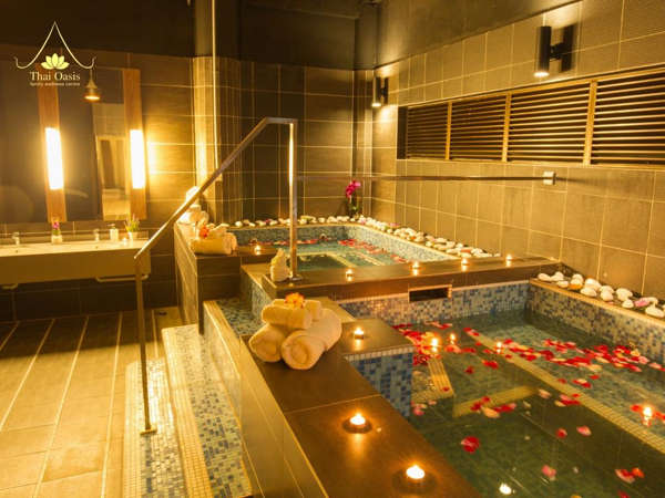 Spa bath at Thai Oasis (ICC Club)