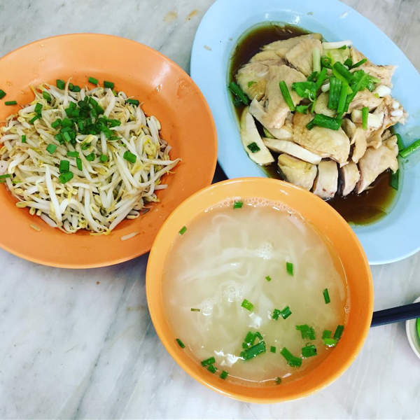 Ipoh is famous for Tauge ayam (beansprout chicken) or Nga Choi Kai