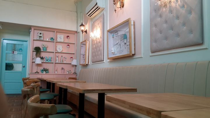 Petit Mary Patisserie Cafe 的装潢